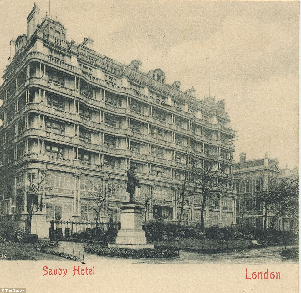 Arnold Bennett's 1902 The Grand Babylon